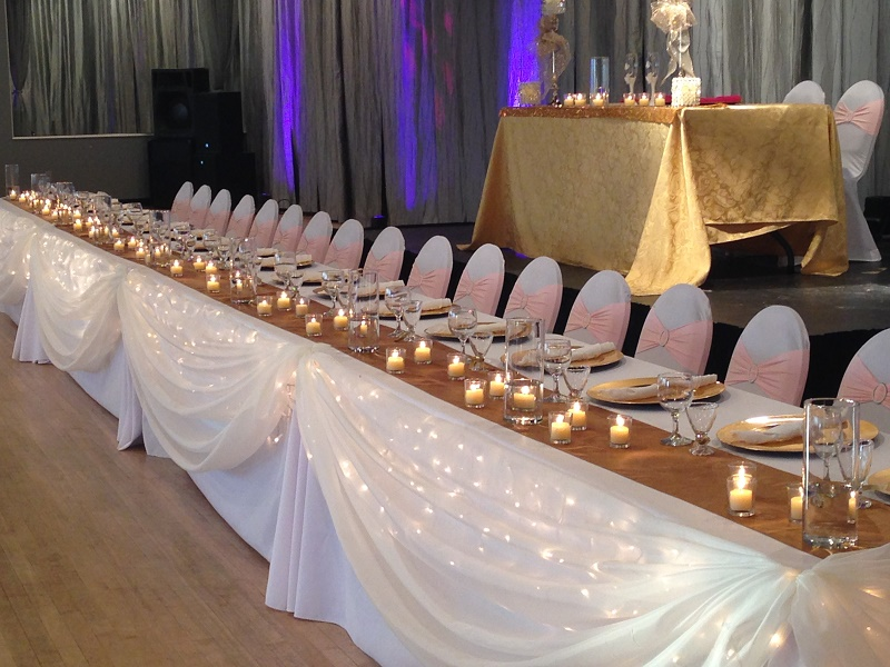 Sweetheart Table - Events & Themes - Bride and Groom Table with Wedding Party Separate