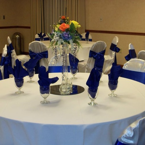 Tower Vase Photo Idea - Idea Gallery - tower vase wedding arrangement photo ideas